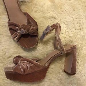 H&M mauve pale pink velvet heel sandals